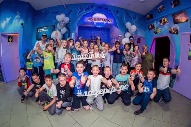 фотогарфия дети отмечают день рождения в Челябинске
